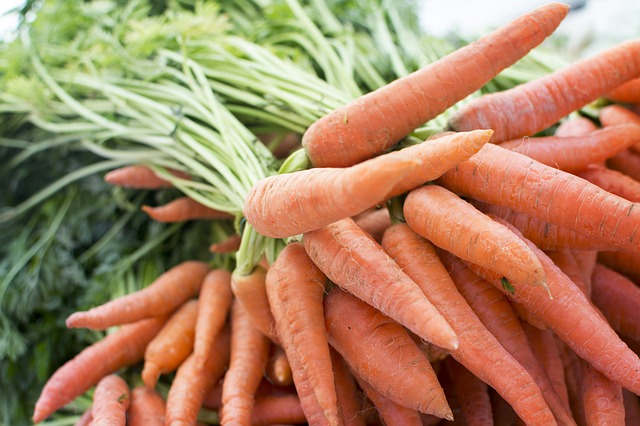Grocery Carrot Farm Market Trade Produce Table